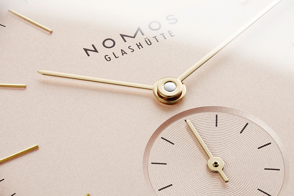 Nomos Glashütte Orion 33 Rosé Glasboden