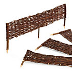 Wattle Fence Made of Willow_01