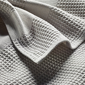 Bath Towel Waffle Fabric Made of Half Linen Light Grey