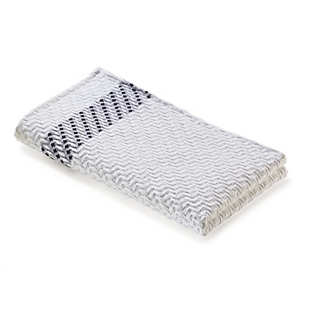 Piqué Quilted Jacquard Guest Towel From Leitner | Towels