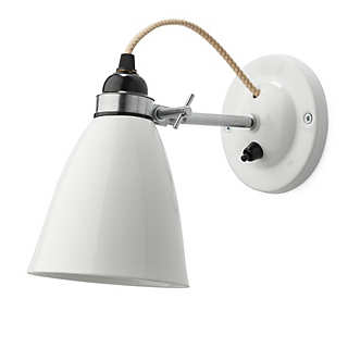 Smooth and ribbed bone china wall lamp | Lighting
