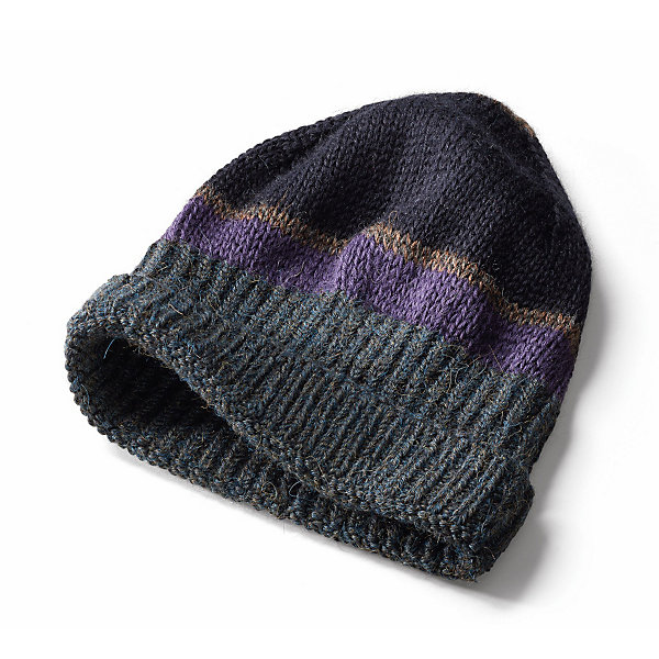 Inis Meáin Knitted Cap Made of Alpaca with Stripes_01