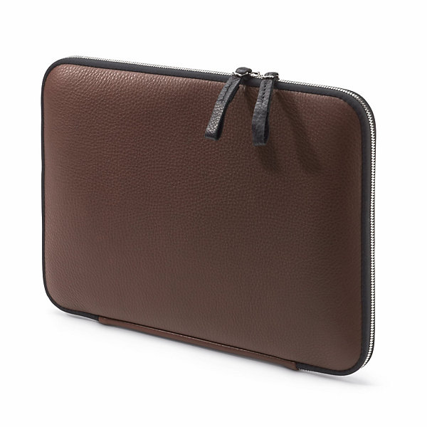 "Leather Notebook sleeve for MacBook® Air 13""_01"