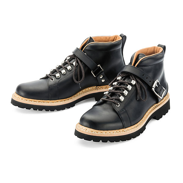 Heschung Men's Shoe with a Leather Strap_01