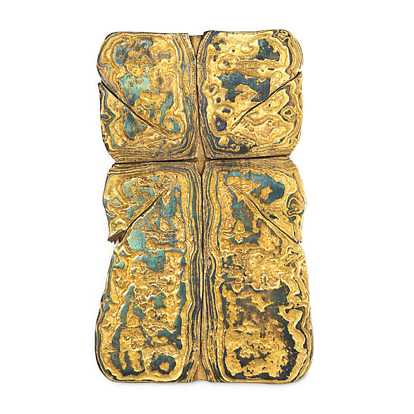 Wall Crucifix Made of Gilded Damascus Steel_01