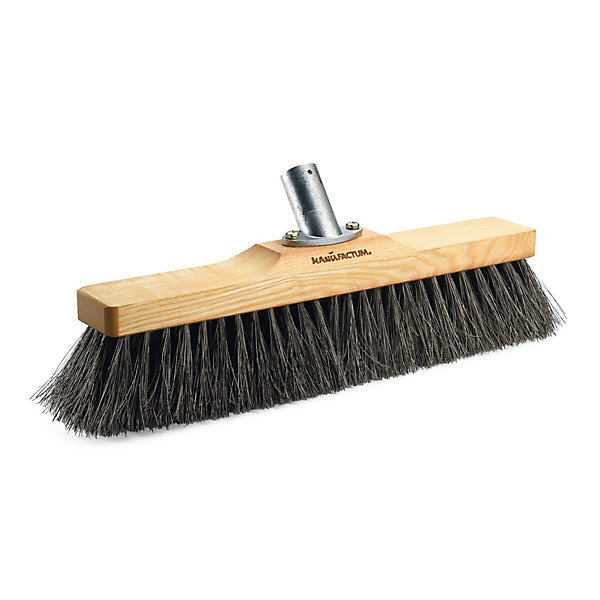 Manufactum Broom for Cellar and Garage_01