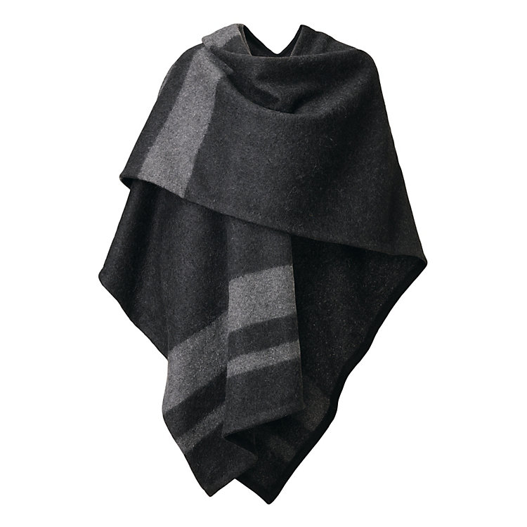 Aiayu Poncho Knit from Llama Wool Black-grey