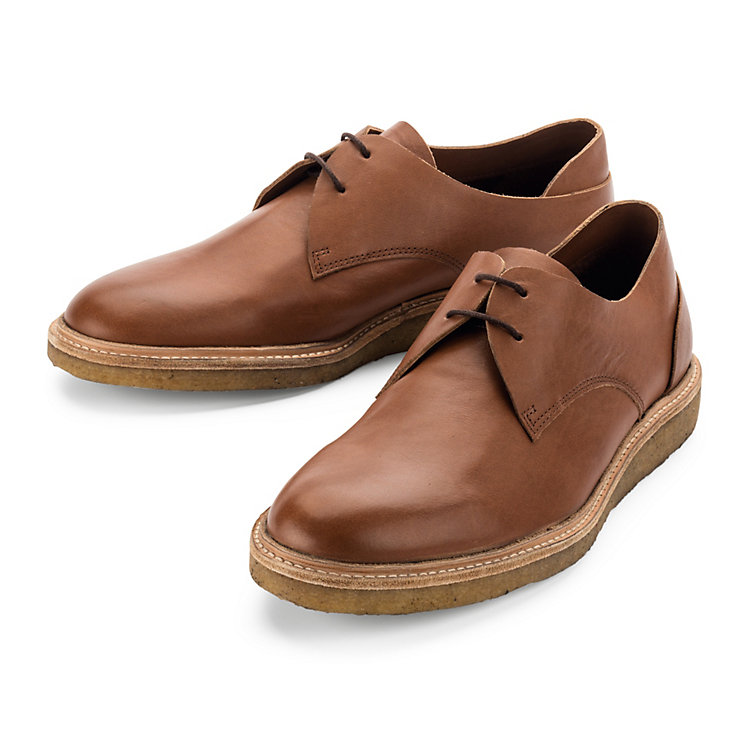 ekn Low Shoe with a Crepe Sole Medium brown